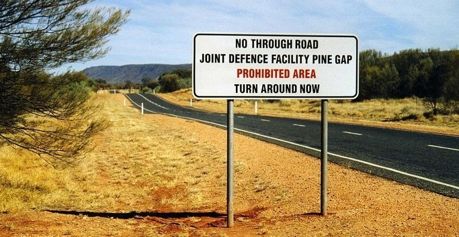 Pine Gap, Australie, Panneau