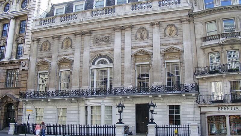 White Gentleman Club, Londres