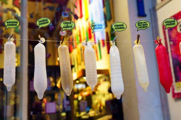 Préservatifs de différentes tailles à la Condomerie, Amsterdam