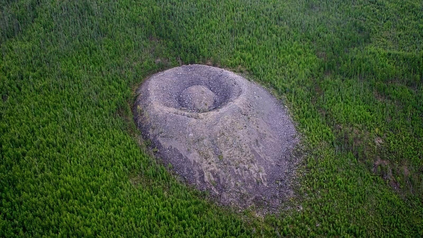 Le mystère du cratère Patomsky en Russie