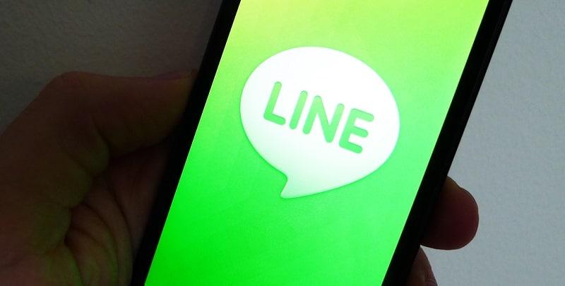LINE, messagerie instantanée