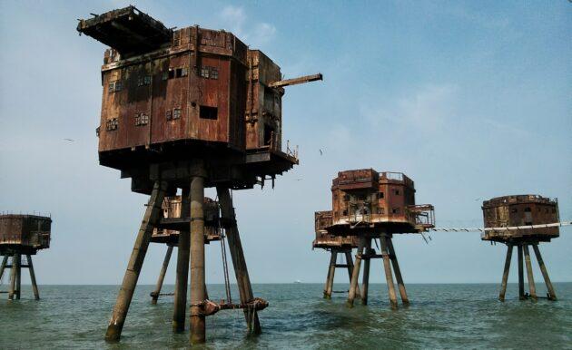 Les forts Maunsell à l'abandon dans l'estuaire de la Tamise