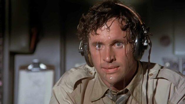Le pilote d'un avion doit-il vous informer quand il y a un problème ?