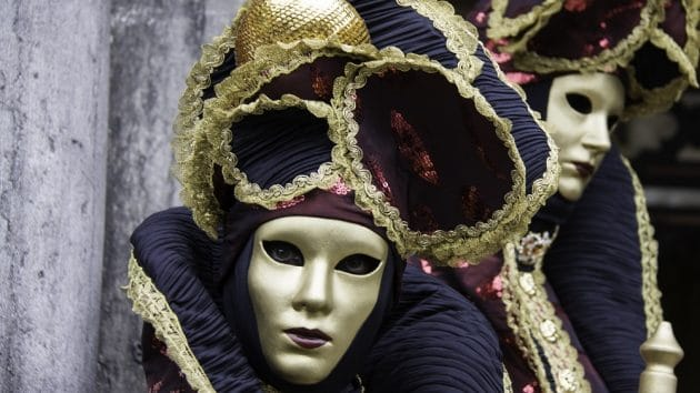 Comment louer un costume pour le Carnaval de Venise  ?