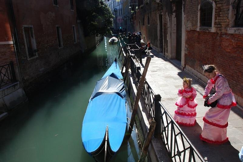 Canal, Carnaval de Venise