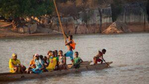 Fleuve Tsiribihina à Madagascar