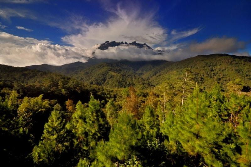 Le Mont Kinabalu à Bornéo