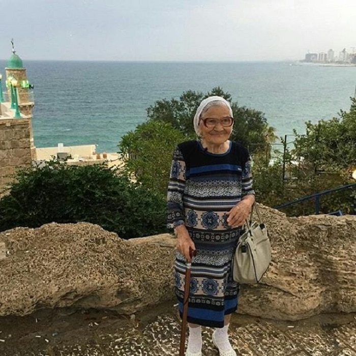 Baba Lena, grand-mère russe qui voyage