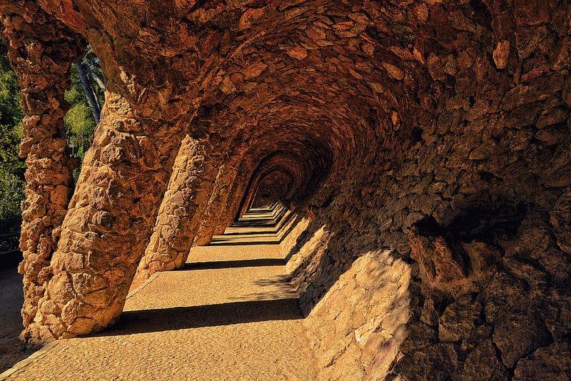 Colonnes du Parc Guell à Barcelone