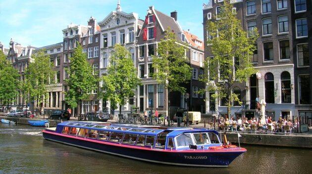 Croisière sur les canaux d'Amsterdam suivie d'une visite du Musée van Gogh