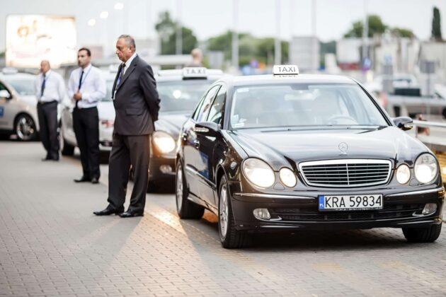 Comment réserver un taxi à Cracovie ?