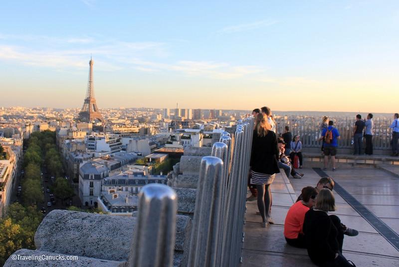 Toit de l'Arc de Triomphe à Paris