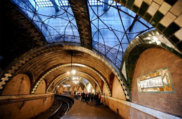À New York, aventurez-vous dans la station de métro abandonnée de City Hall