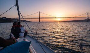 Croisière à Lisbonne au coucher du soleil