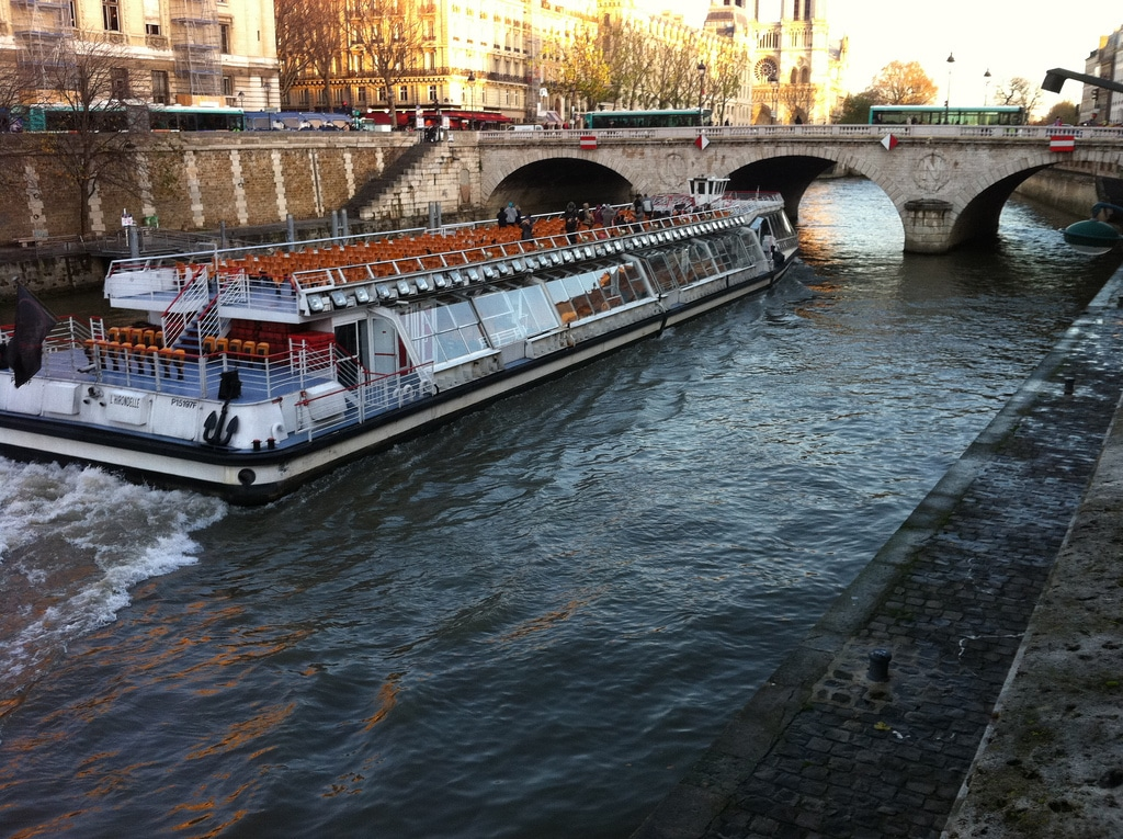 Cruise on the Seine, Paris