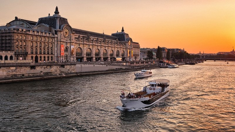 Musée d'Orsay au coucher du soleil