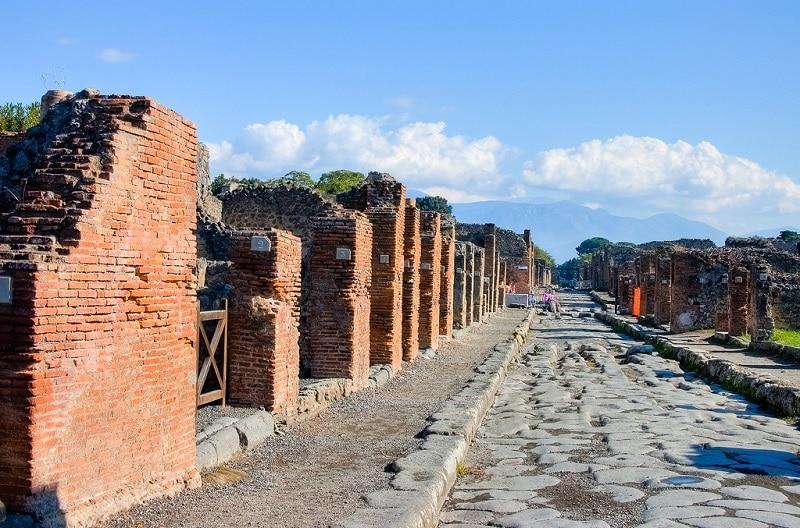 Rue de Pompéi en ruine