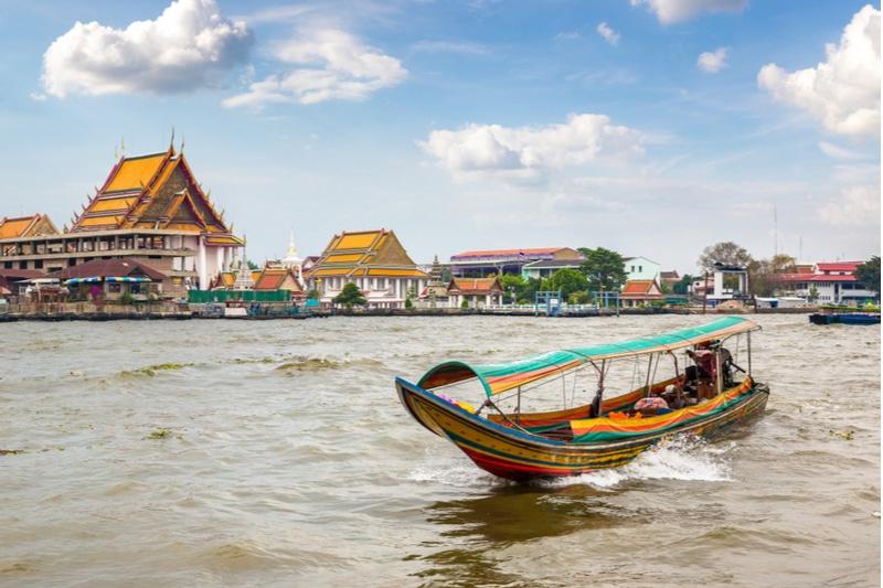 Bateau sur le fleuve Chao Phraya, Bangkok