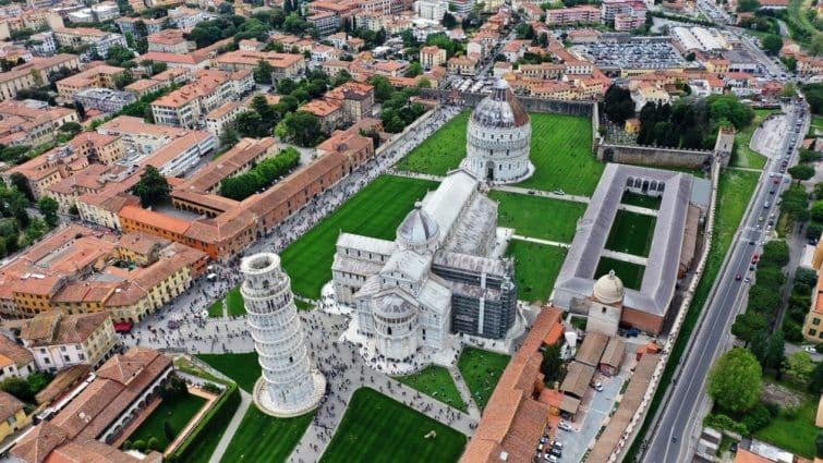 Vue aérienne de la Tour de Pise