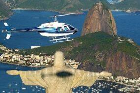 Réservation d'un tour en hélicoptère au-dessus de Rio de Janeiro