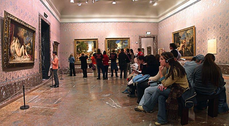 Salle Tiziano Musée du Prado à Madrid