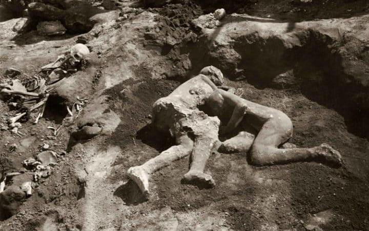 Amants de Pompei, hommes