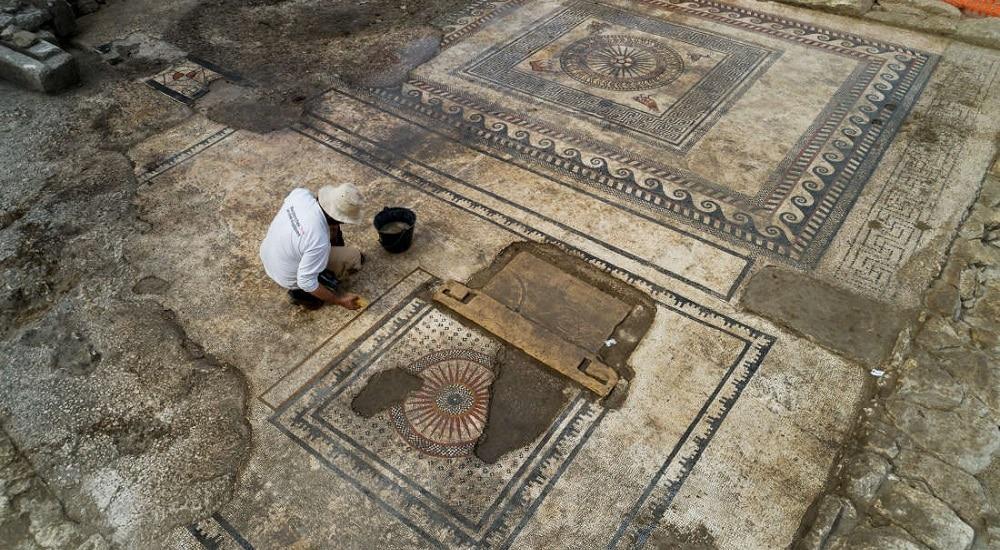 Des mosaïques et un quartier romain découverts à Uzès