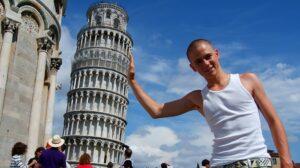 Pourquoi la Tour de Pise est penchée