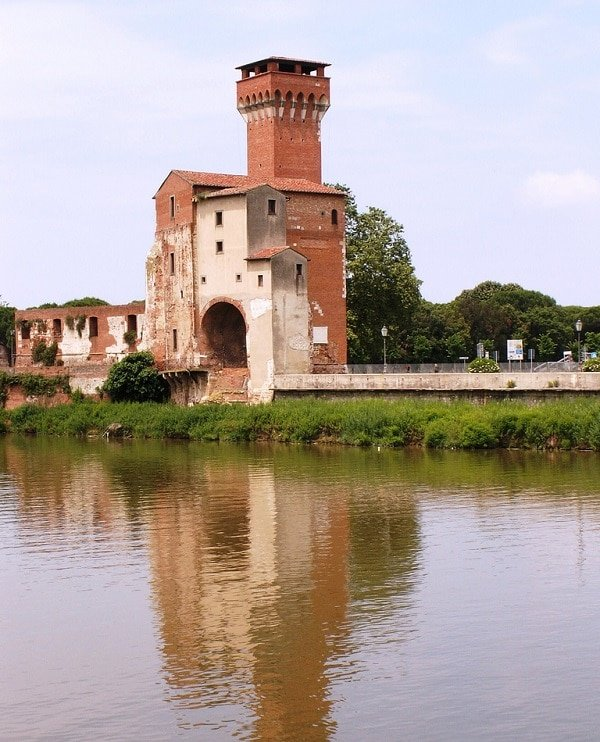 Cittadella Vecchia, Pise