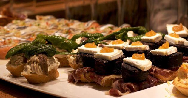 Pourquoi les espagnols mangent-ils si tard ?
