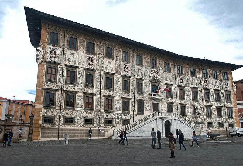 Palazzo della Carovana, Pise