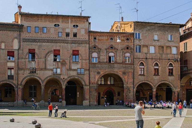 Piazza Santo Stefano, Bologne