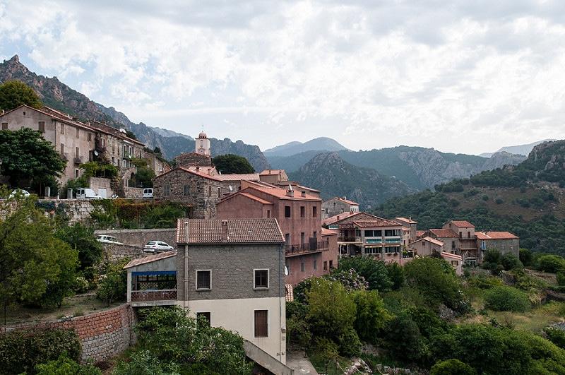 Ota, Corse