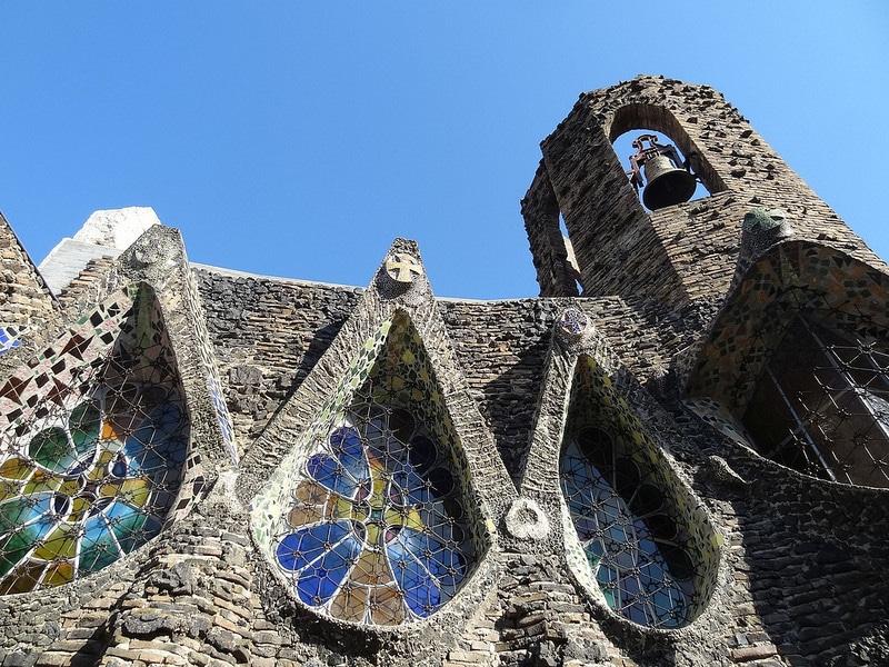 Gaudi, Eglise et crypte de la Colonia Guell