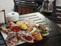 Madrid : visite guidée à pied et dégustation de tapas