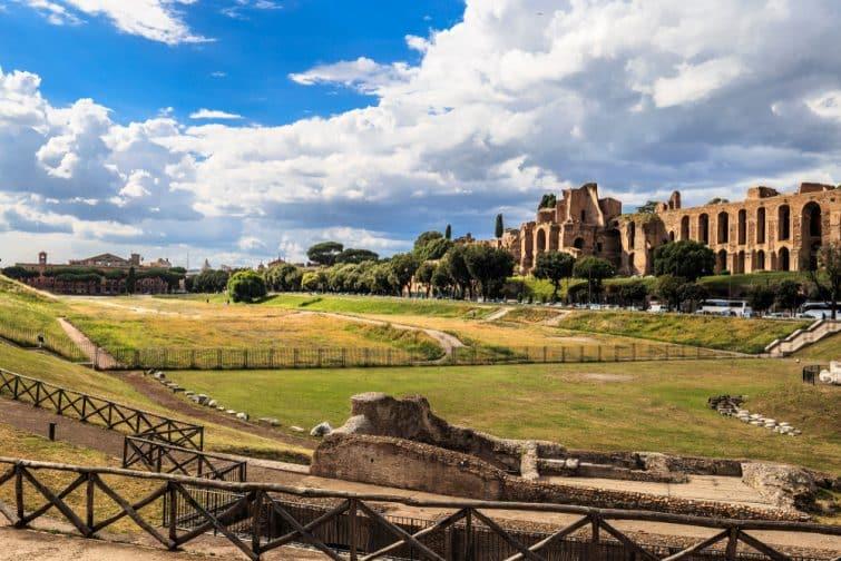 Vue sur Circus Maximus et ruines romaines, Rome