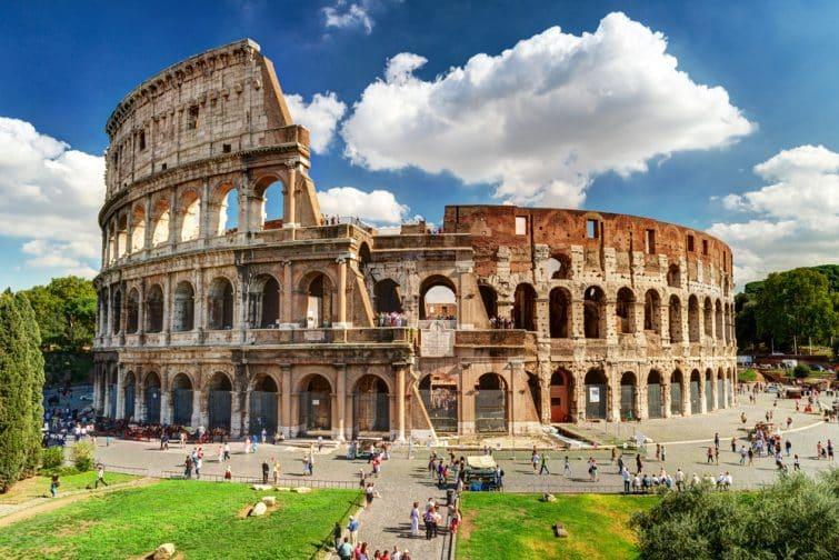 Le Colisée de Rome en été
