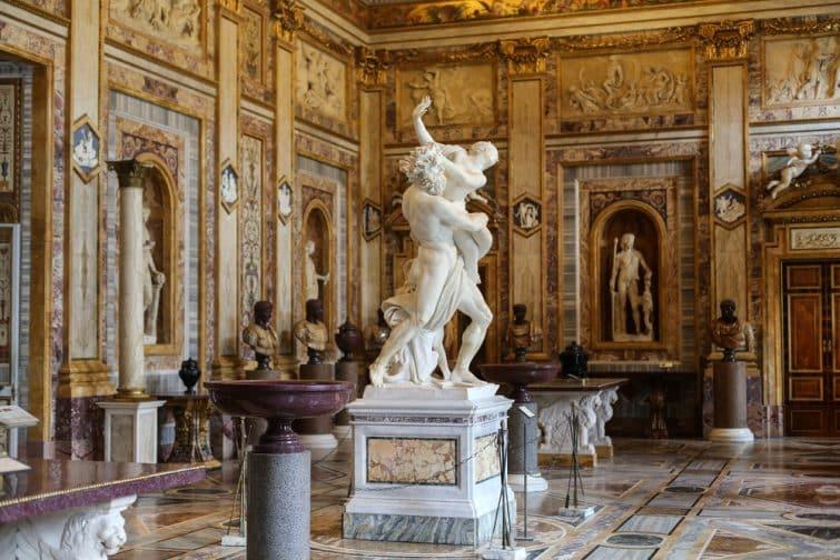 Sculpture en marbre, galerie Borghèse, Rome