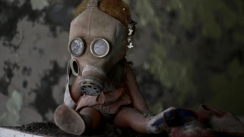 Poupée avec masque à gaz, Tchernobyl