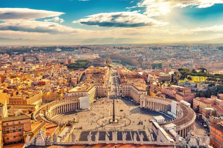 Vue aérienne de Rome et de la place du Vatican