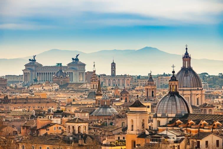 Vue sur Rome et le château Saint-Ange