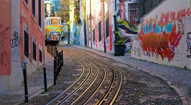 Où et comment louer un scooter à Lisbonne ?