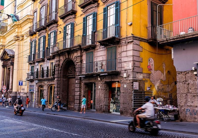 Loger dans les quartiers espagnols à Naples