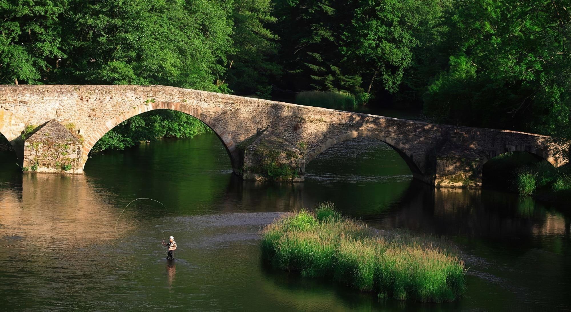 Pêcher en Auvergne