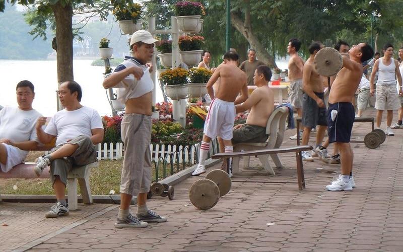 Hanoi à l'aube