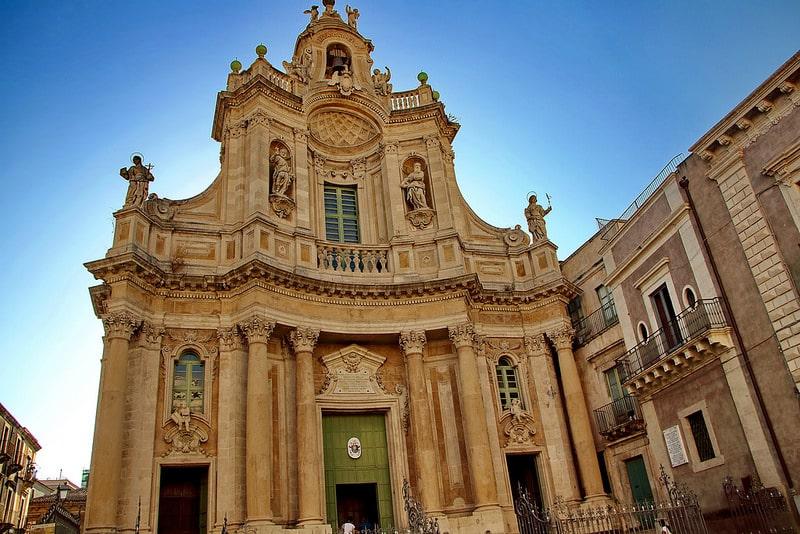 Catane, loger en Sicile
