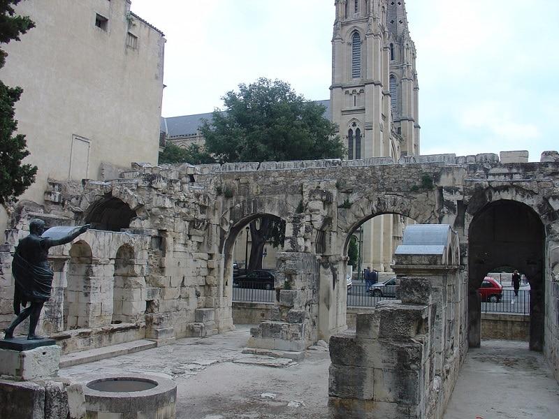 Porte d'Auguste, Nîmes