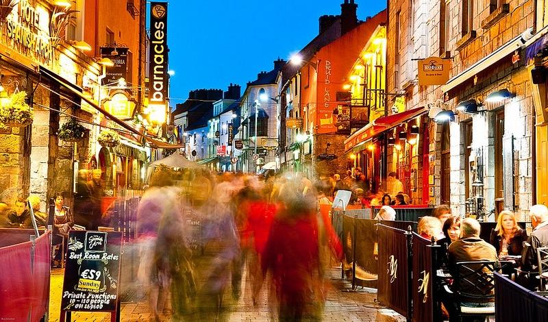 Quay Street, loger à Galway