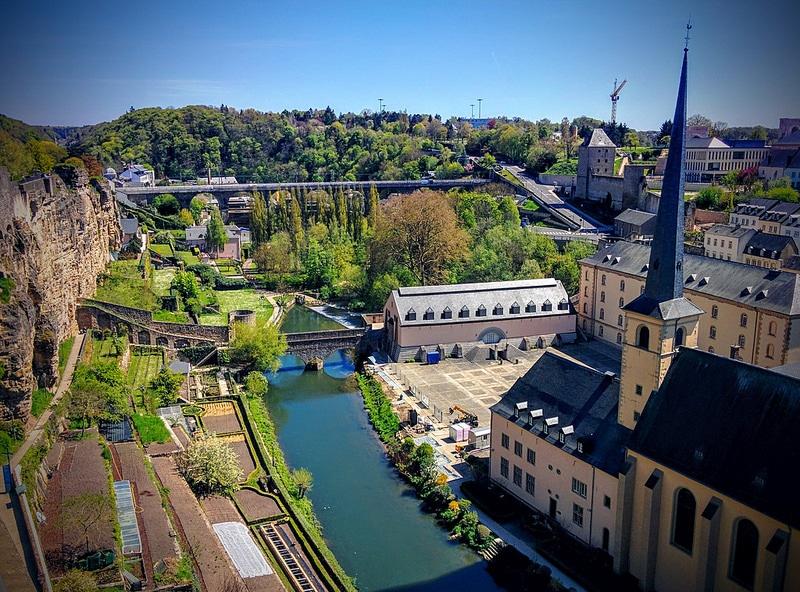 Les rives de Clausen, loger à Luxembourg