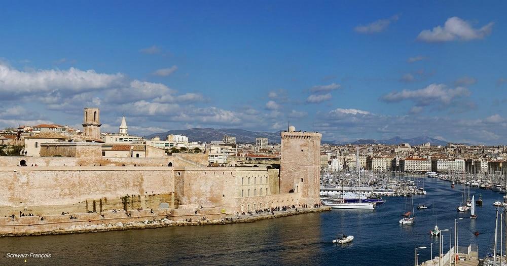 Vieux-Port, loger à Marseille